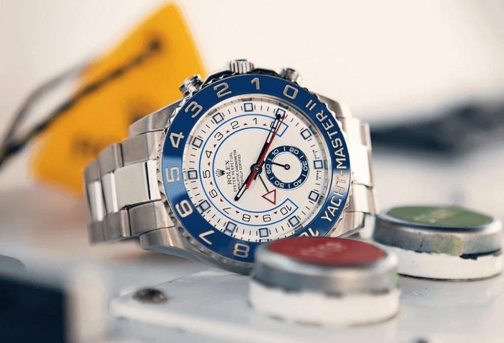 Hướng dẫn mua đồng hồ Rolex Yacht-Master II