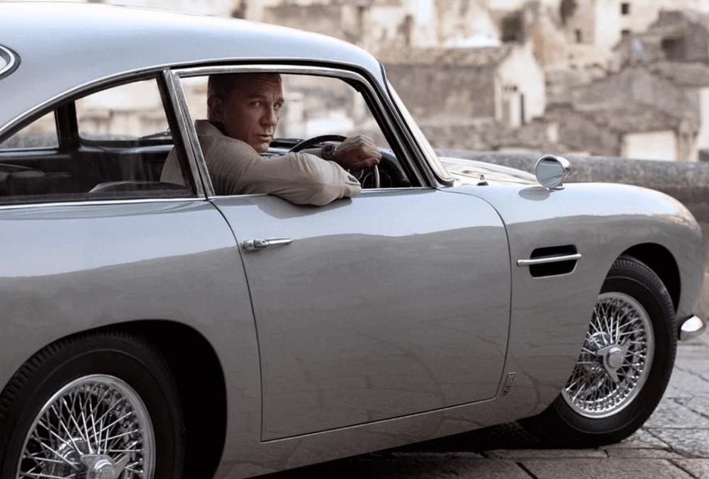 Các mốc thời gian đồng hồ James Bond Omega
