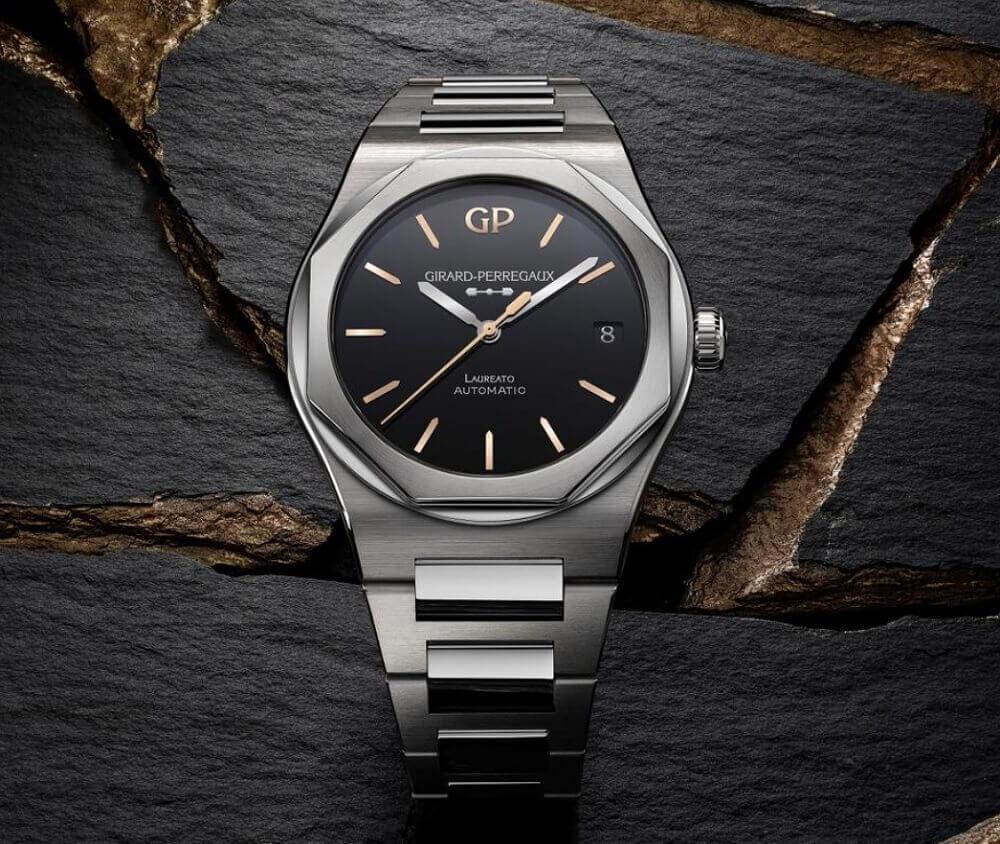 Đồng hồ Girard-Perregaux Laureato Infinity Edition 81010-11-635-11A