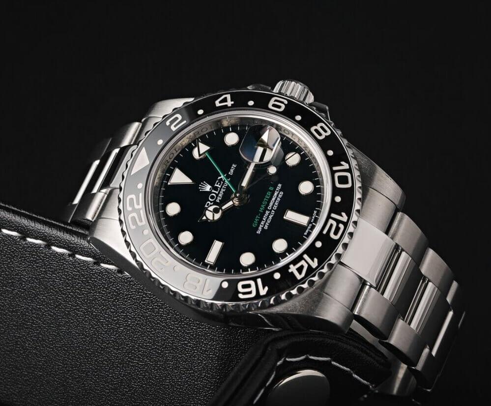 Đồng hồ Rolex GMT-Master II Ref. 116710LN - Bezel gốm Cerachrom
