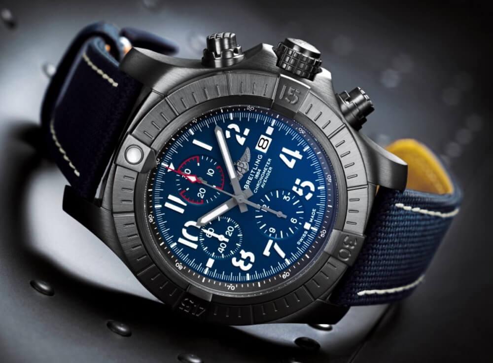Đồng hồ Breitling Avenger
