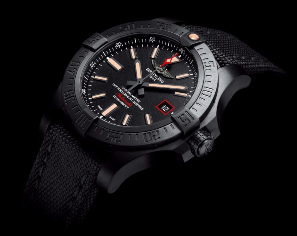Đồng hồ Breitling Avenger Blackbird