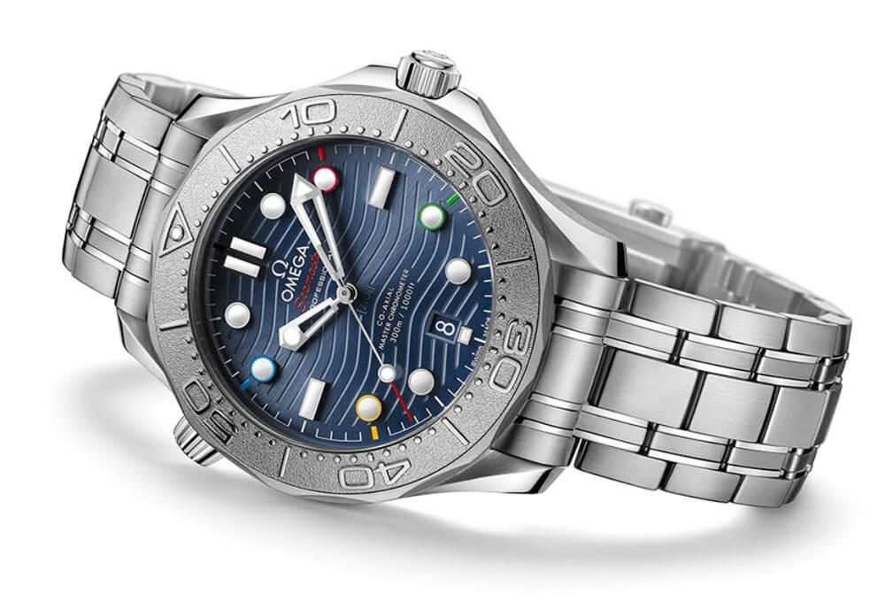 "Đánh giá đồng hồ Omega Seamaster 300M ""Beijing 2022"" Edition"