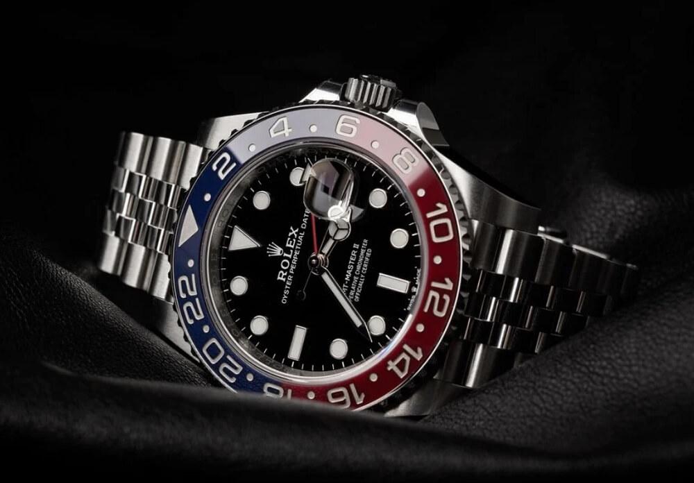 Tại sao đồng hồ Rolex đã qua sử dụng lại đắt hơn các mẫu mới?