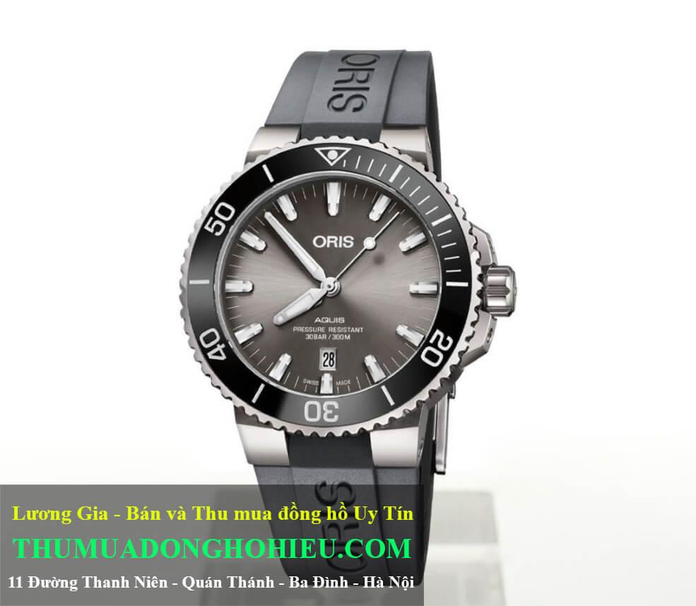 Đồng hồ Oris Aquis Titanium Date